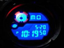 Ceas sport cu ecran LCD iluminat - SCRUFFS Active