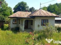 Casa batraneasca din caramida in Provita,500mp teren,ieftin!
