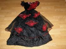 Costum carnaval serbare rochie dans vrajitoare 7-8 ani