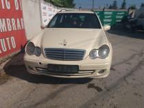 Dezmembram Mercedes C-Class 2.2 CDI