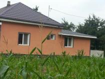 Casa Dienet la 35km de Bacau
