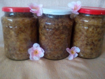 Capaceala miere , contine miere , ceara naturala , propolis