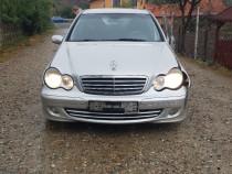 Dezmembrez Mercedes-Benz c200cdi euro4 piese
