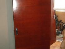 Usa din lemn 195,5/79,5/3cm.