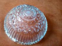 Scrumiera veche din cristal