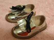 Pantofiori argintii ZARA, 20