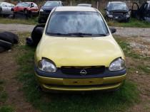 Dezmembrez / Dezmembrari Opel Corsa B 1.0 benzina