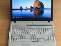 """Laptop Acer ecran 17,3"""" ideal prntru filme"""