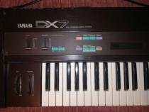 Yamaha Dx 7 clasic, impecabila ( noua).