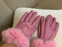 Manusi roz din piele si blana naturala