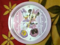 Minnie Mouse & Daisy Duck ceas de perete 25 cm (var. 2)
