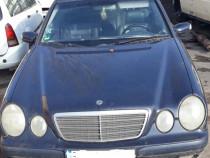 Piese caroserie /motor Mercedes E Class (S210) 2.2 CDI ,2001