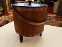 Cutie vintage din lemn si cupru lucrata manual