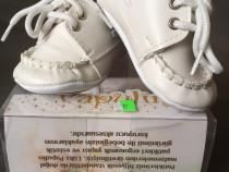 Pantofi noi, 0-3 luni, albi, bebe, fata/baiat