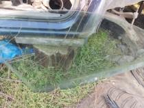 Geam Ford Fiesta 5 mașină în 4 usi