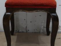 Taburet Vintage; Stil Rococo; Scaun cu tapiterie; Scaunel