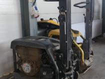 Inchiriez talpa compactoare / Maiuri compactoare cu greutati