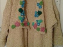 Cardigan cu modele florale