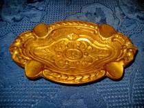 3977-Scrumiera mica antica in bronz masiv anii 1900- 1930.