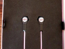 Casti wireless Beoplay H5 Dusty Rose . Nota 10 din 10 !