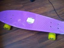 Pennyboard 68 cm ABEC7 roti silicon. Nou, in tipla!