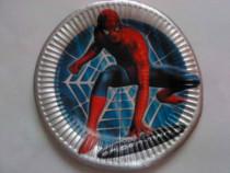 Farfurie decor din carton cu Spider Man, gratuita