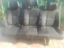 Bancheta + scaune fata microbuz Mercedes - Benz Sprinter 8+