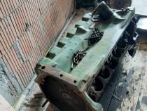 Dezmembrez motor John Deere 6329D