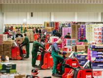 Muncitori depozit fructei Germania