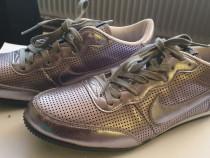 Adidasi Nike Track Racer argintiu mar. 40
