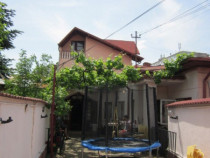 Casa formata din S+P+1E, situata in Ploiesti, Str. Unghiului