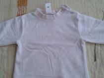 Bluza groasa alba cu guler roz C&A -56