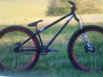 Bicicleta DIRT BIKE DArtmoor skeme sarituri profesional