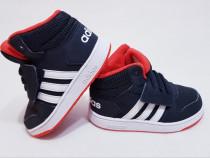 Ghete, adidași, pantofi sport adidas, nr. 26 toamnă / iarnă