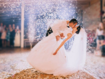 Dansatori profesionisti pentru evenimente , Nunti , Botez