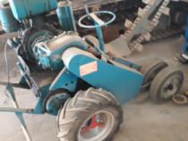 Utilaj pt sapat santuri (trencher) diesel