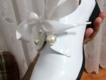 Pantofi de lac fete