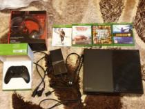 Xbox One 500GB + 4 jocuri + casti