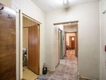 Bomba de apartament...cu 3 camere, in Lacul Tei