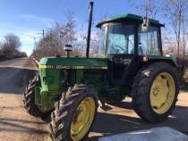 Tractor John deere 2040, 4x4