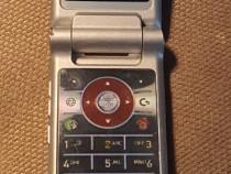 Motorola KRZR K1 RED - 2006 - liber