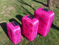 Troler/valiza marca Urban | model inflorat pe 3 marimi | NOU