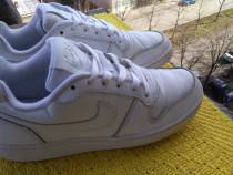 Adidasi, piele Nike, mar 39 (25 cm).made in India