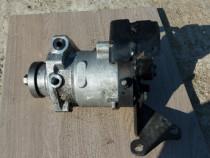 Pompa inalte ford mondeo mk3 2.0 tdci