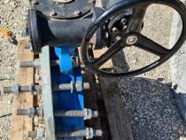 Vana cu reductor si flansa cu diametrul de 500 mm pentru apa