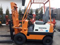 Stivuitor Toyota, 1,7 tone, ridica 3,80 m, vopsea originala