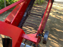 Mașina de scos/recoltat cartofi WIRAX
