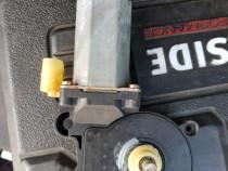 Motoras pasager fata bmw 320