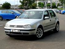 "Volkswagen Golf 4 "" An Fabricație 2002 "" Stare Impecabilă"