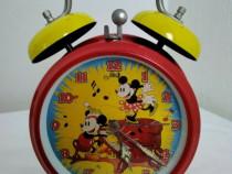 Ceas masă mecanic, cu alarmă, din colecția DISNEY, 1988